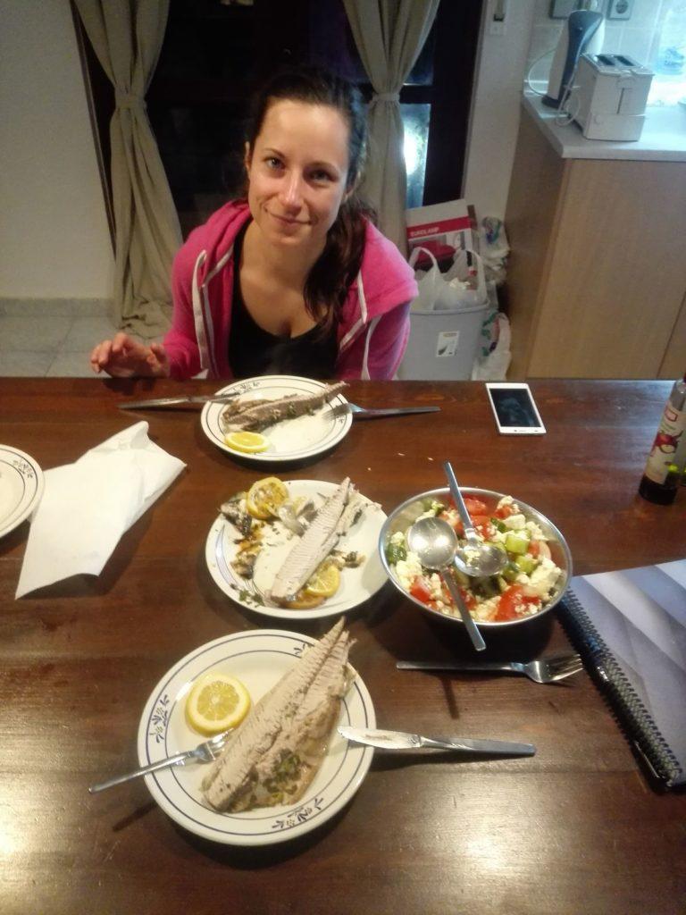 Rybky a grecky salat, Parakalo
